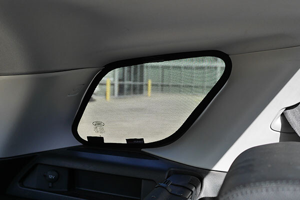 LAN001 Discovery Sport Snap Shades